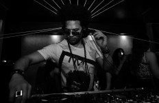 Mickey Dastinz Live Session